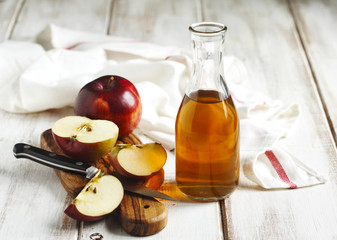 Apple Vinegar for Body Odor